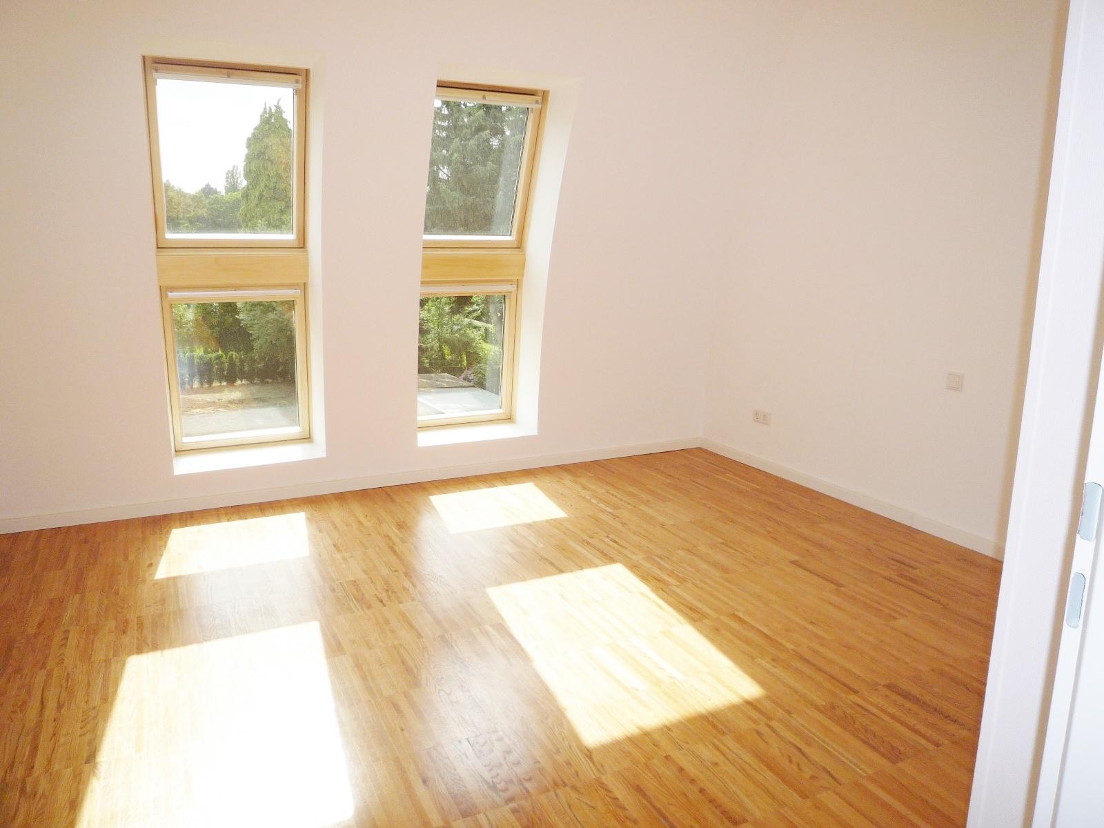 ein highlight sonnenbalkon mit 3 zimmer neubau komfort wohnung in bester ruhiger wohnlage von. Black Bedroom Furniture Sets. Home Design Ideas